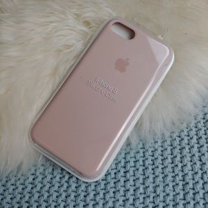 NIB Apple iPhone 8 Silicone Case in Blush Pink